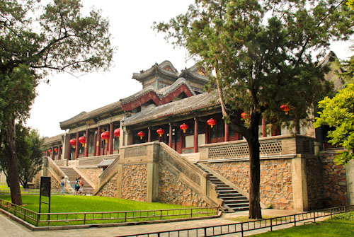 Restaurant, Summer Palace Imperial Gardens, Beijing, China, August 2014