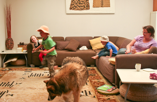 A day in the life of an unschooling family, August 2010