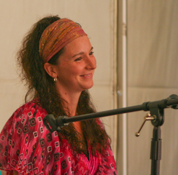 Dayna Martin at Australia's first unschooling retreat, September 2010
