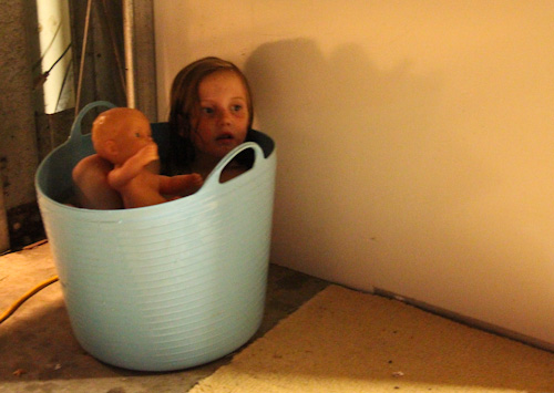 Aisha in the tub, September 2011