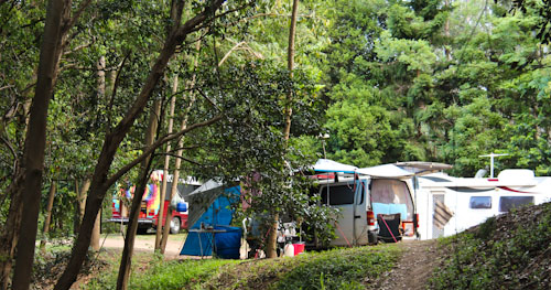 Camping at Petrie Park, outside Tiaro, Queensland, November 2012